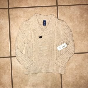 Adorable sweater NWT